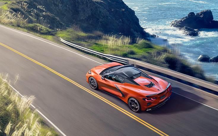 Corvette получил первую в мире складную жесткую крышу
