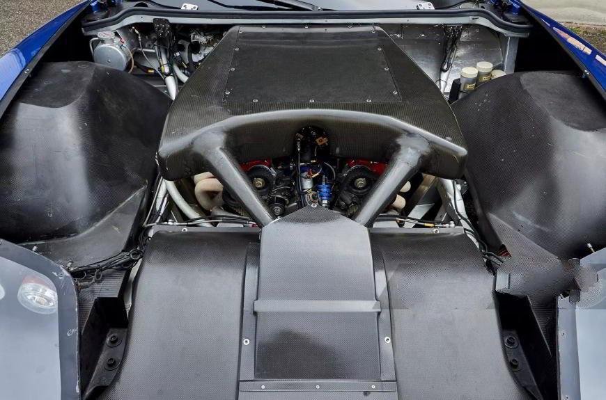 Двигатель V12 штатного Ferrari 550 был серьёзно доработан