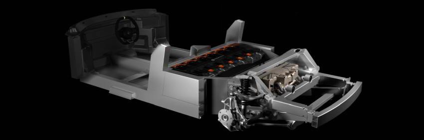 Версия со старшей модульной батареей, базой 2650 мм и модулем привода со сдвоенным электромотором.